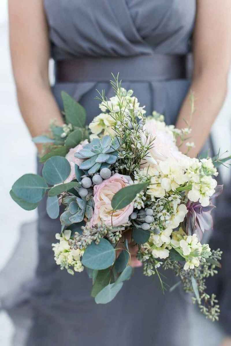 50 Beautiful Spring Bridesmaid Bouquets for Wedding Ideas (2)
