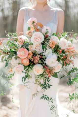 50 Beautiful Spring Bridesmaid Bouquets for Wedding Ideas (25)