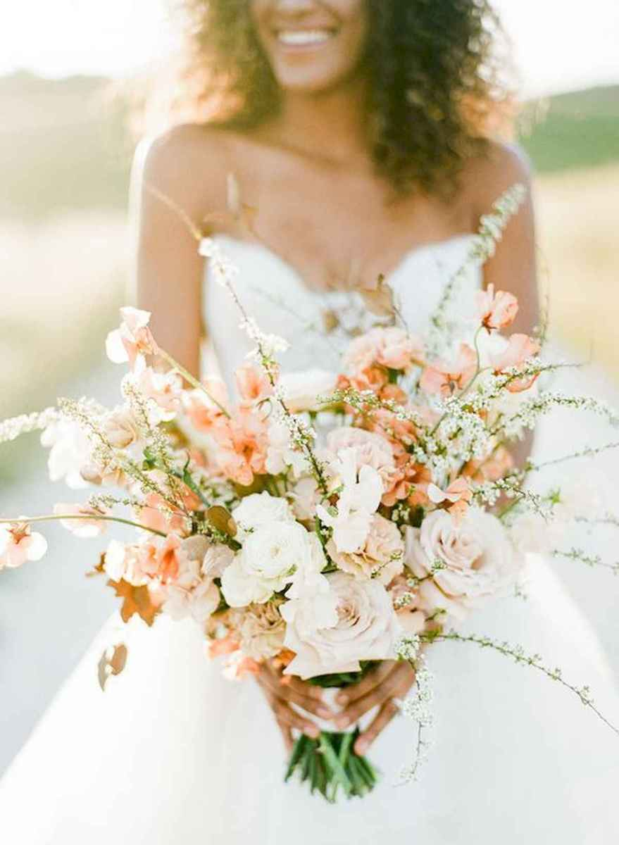 50 Beautiful Spring Bridesmaid Bouquets for Wedding Ideas (28)