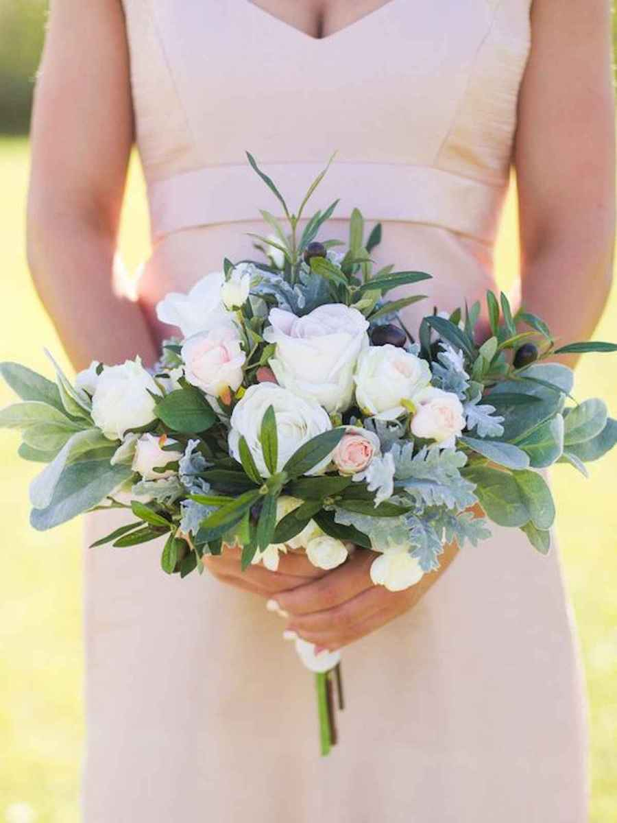 50 Beautiful Spring Bridesmaid Bouquets for Wedding Ideas (3)