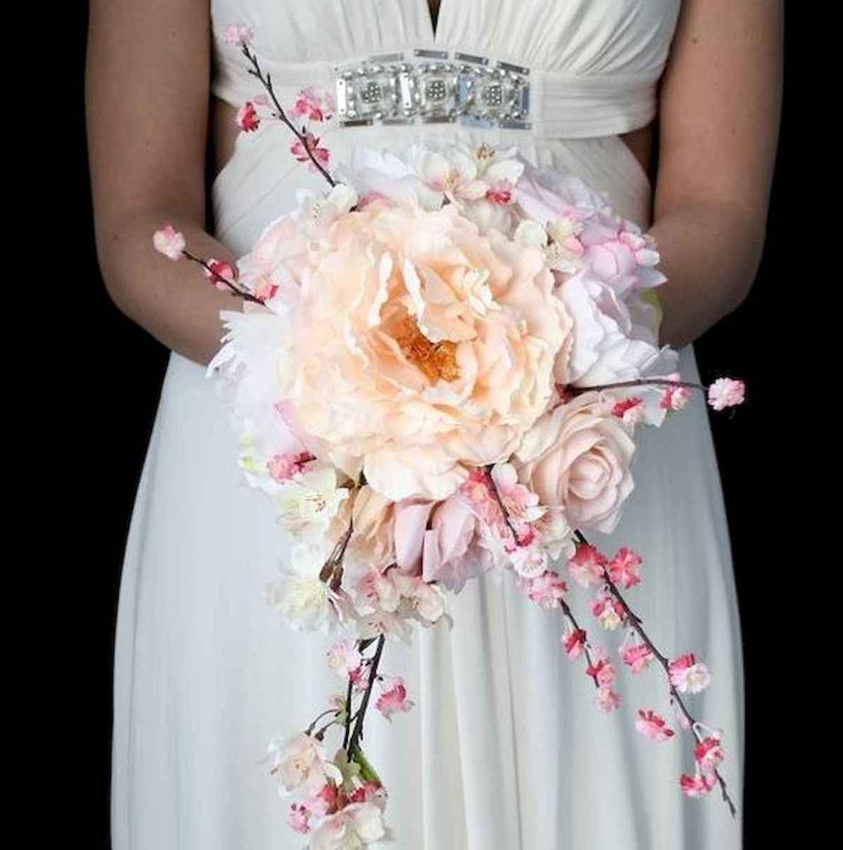 50 Beautiful Spring Bridesmaid Bouquets for Wedding Ideas (38)