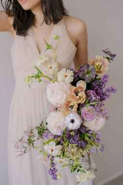 50 Beautiful Spring Bridesmaid Bouquets for Wedding Ideas (39)