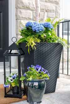50 Beautiful Spring Decorating Ideas for Front Porch (31)