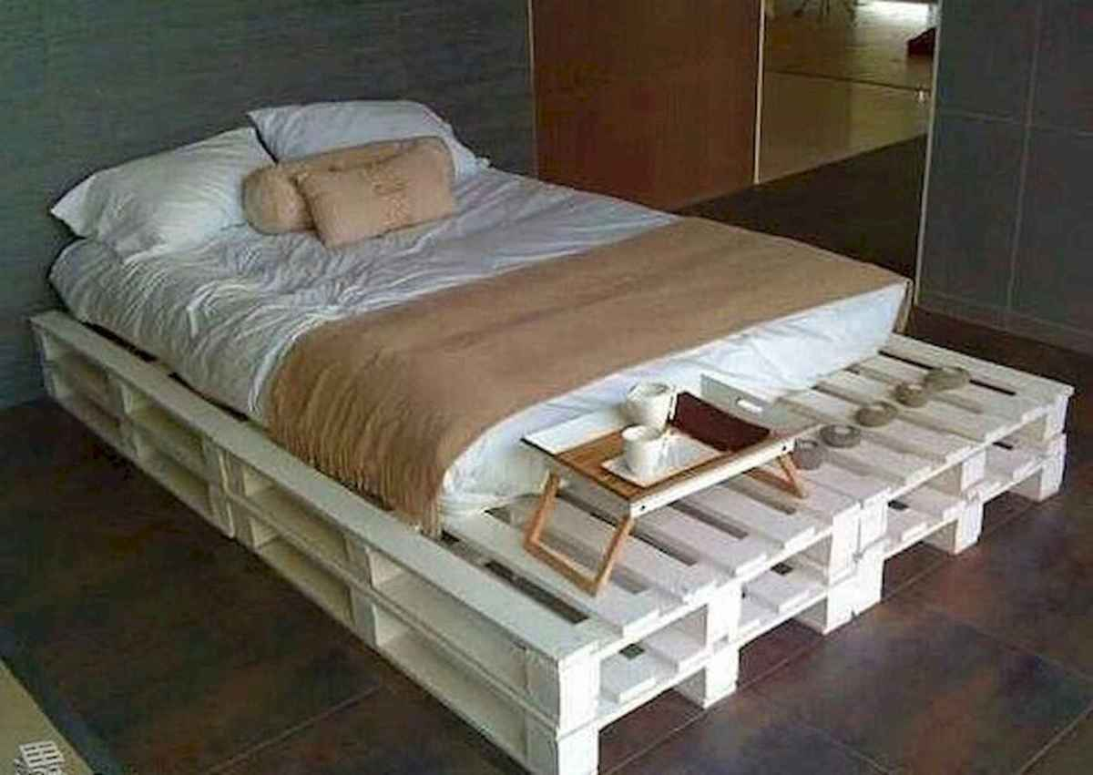 50 Creative Recycled DIY Projects Pallet Beds Design Ideas (29)
