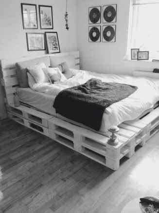 50 Creative Recycled DIY Projects Pallet Beds Design Ideas (34)