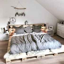 50 Creative Recycled DIY Projects Pallet Beds Design Ideas (42)