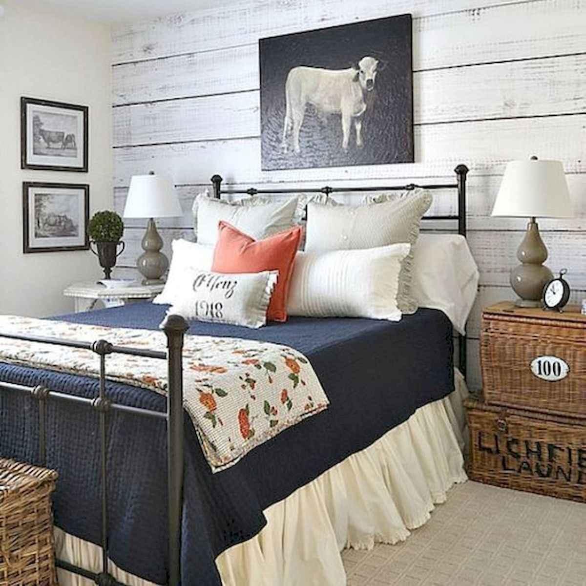 50 Favorite Bedding for Farmhouse Bedroom Design Ideas and Decor (11)