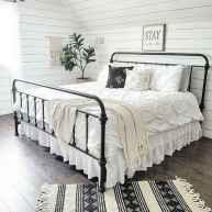 50 Favorite Bedding for Farmhouse Bedroom Design Ideas and Decor (13)