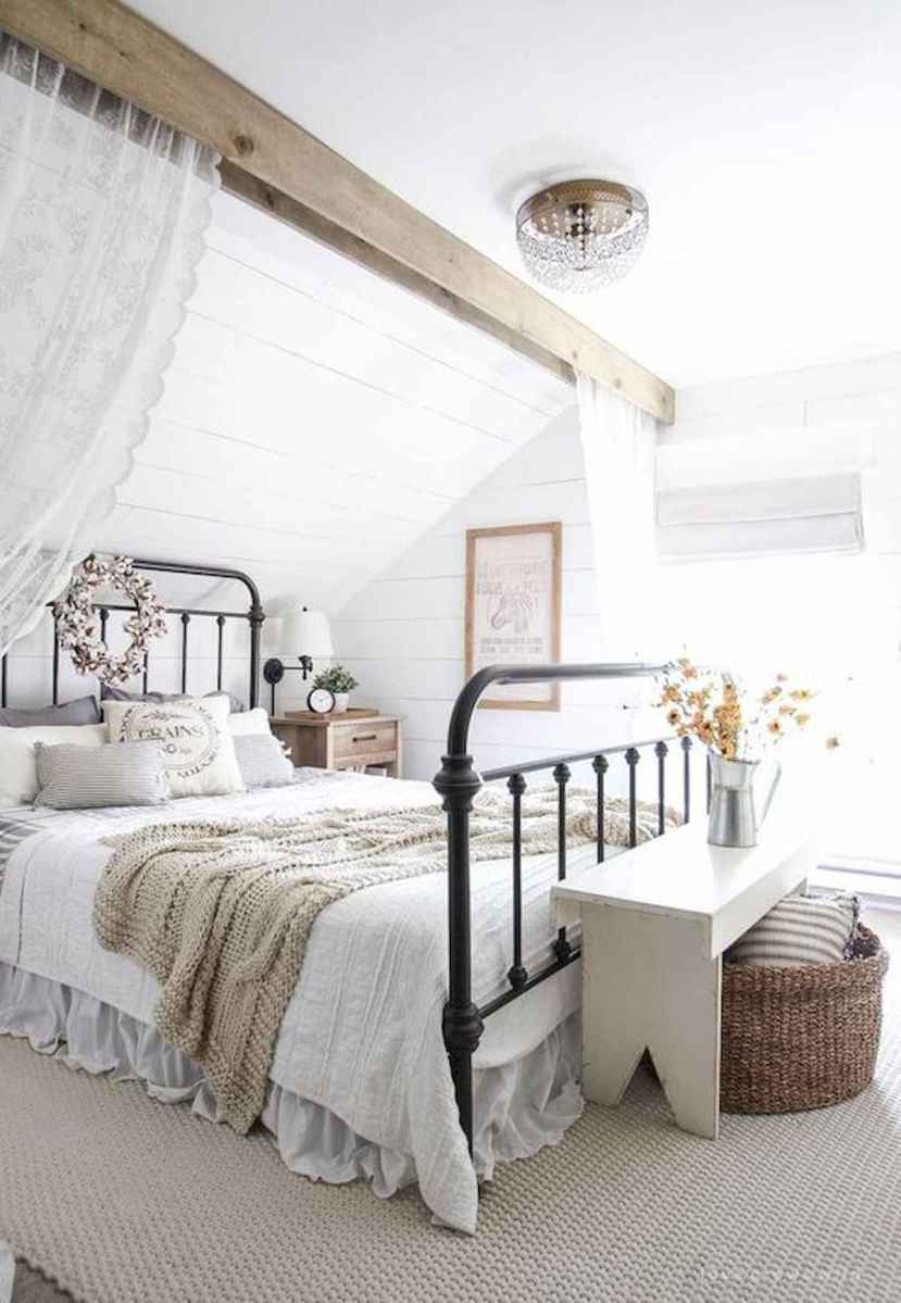 50 Favorite Bedding for Farmhouse Bedroom Design Ideas and Decor (15)