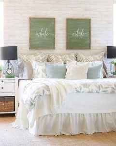 50 Favorite Bedding for Farmhouse Bedroom Design Ideas and Decor (19)
