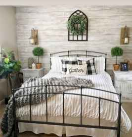 50 Favorite Bedding for Farmhouse Bedroom Design Ideas and Decor (35)