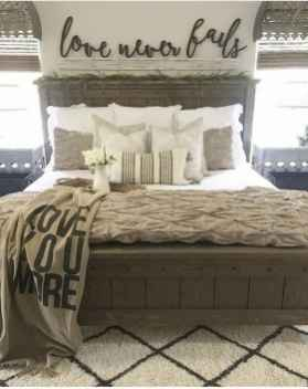50 Favorite Bedding for Farmhouse Bedroom Design Ideas and Decor (37)