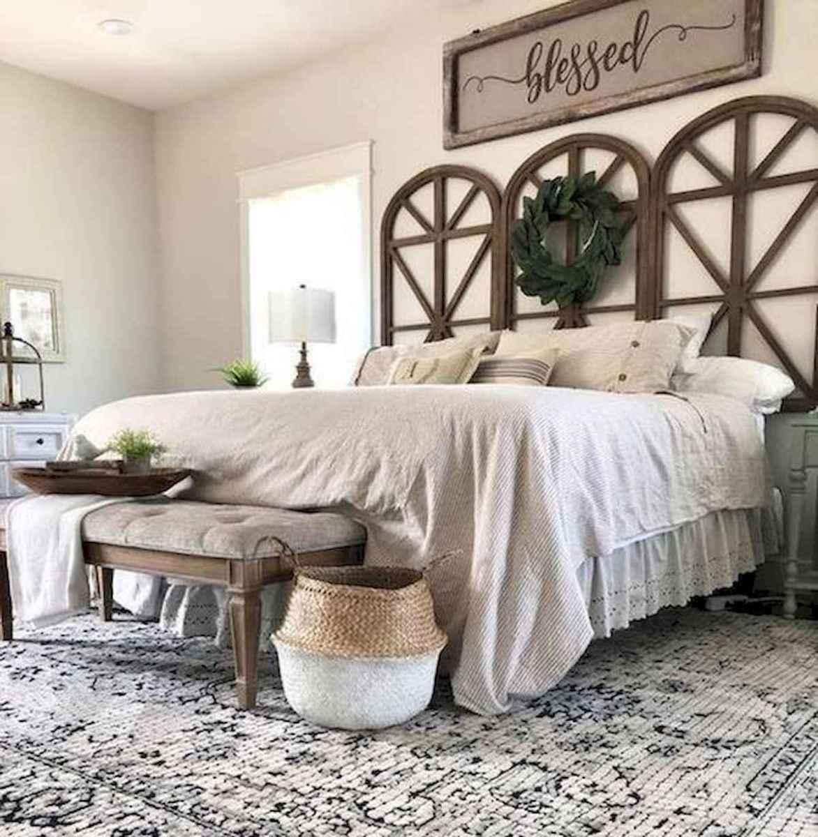 50 Favorite Bedding for Farmhouse Bedroom Design Ideas and Decor (42)