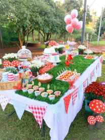 60 Inspiring Outdoor Summer Party Decoration Ideas (33)