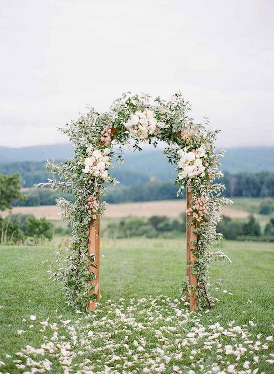 70 Beautiful Outdoor Spring Wedding Ideas (16)
