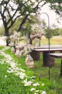 70 Beautiful Outdoor Spring Wedding Ideas (7)