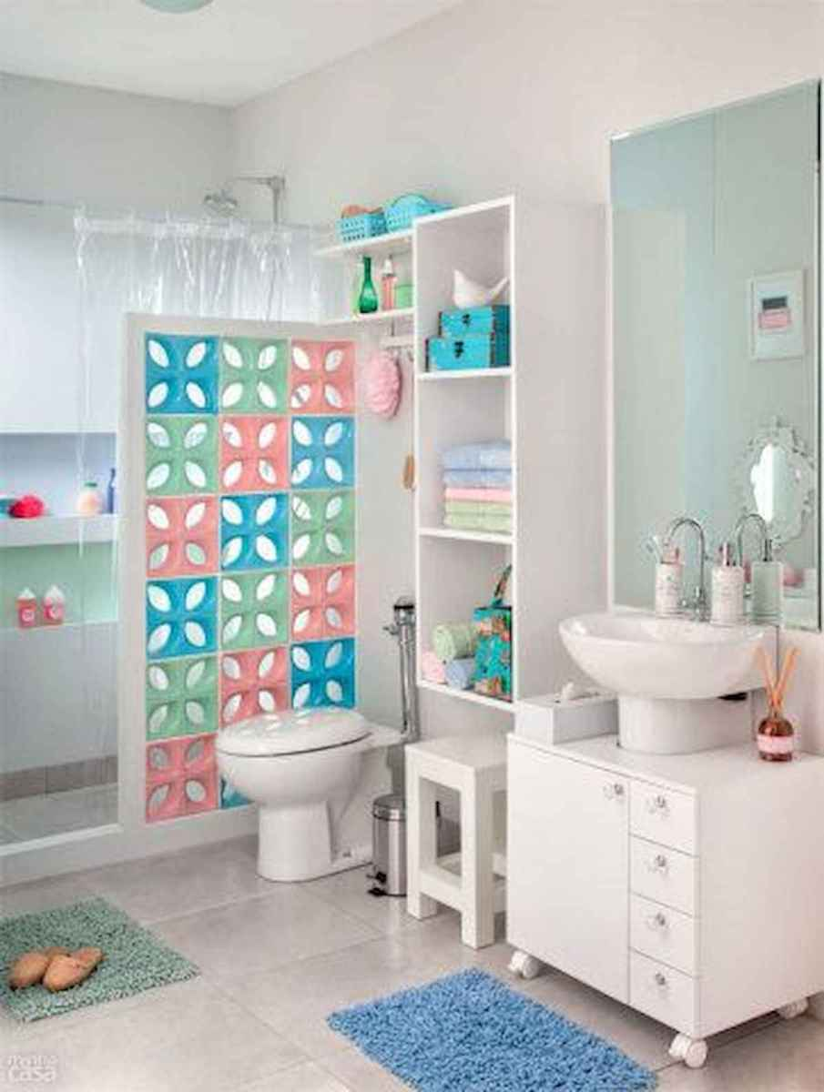 70+ Cool Colorful Bathroom Decor Ideas And Remodel for Summer Project (18)