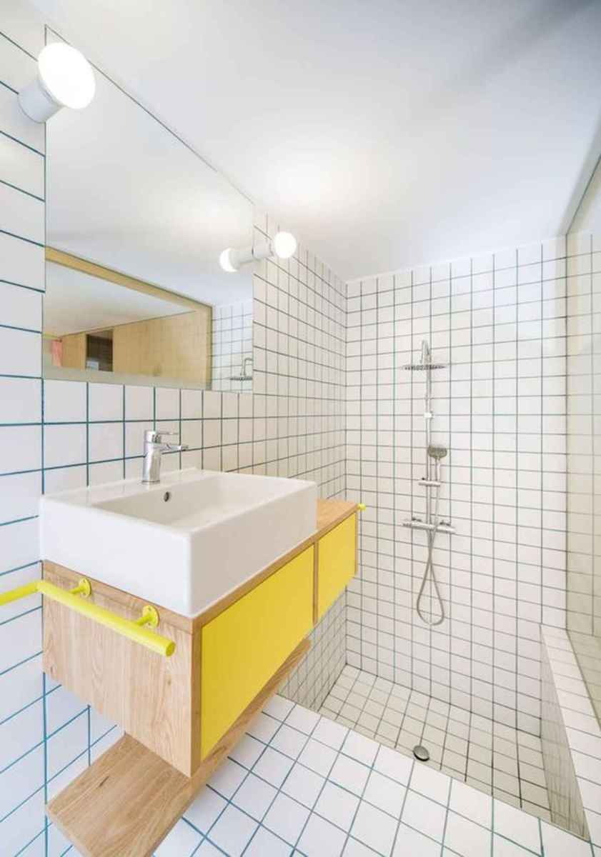 70+ Cool Colorful Bathroom Decor Ideas And Remodel for Summer Project (44)
