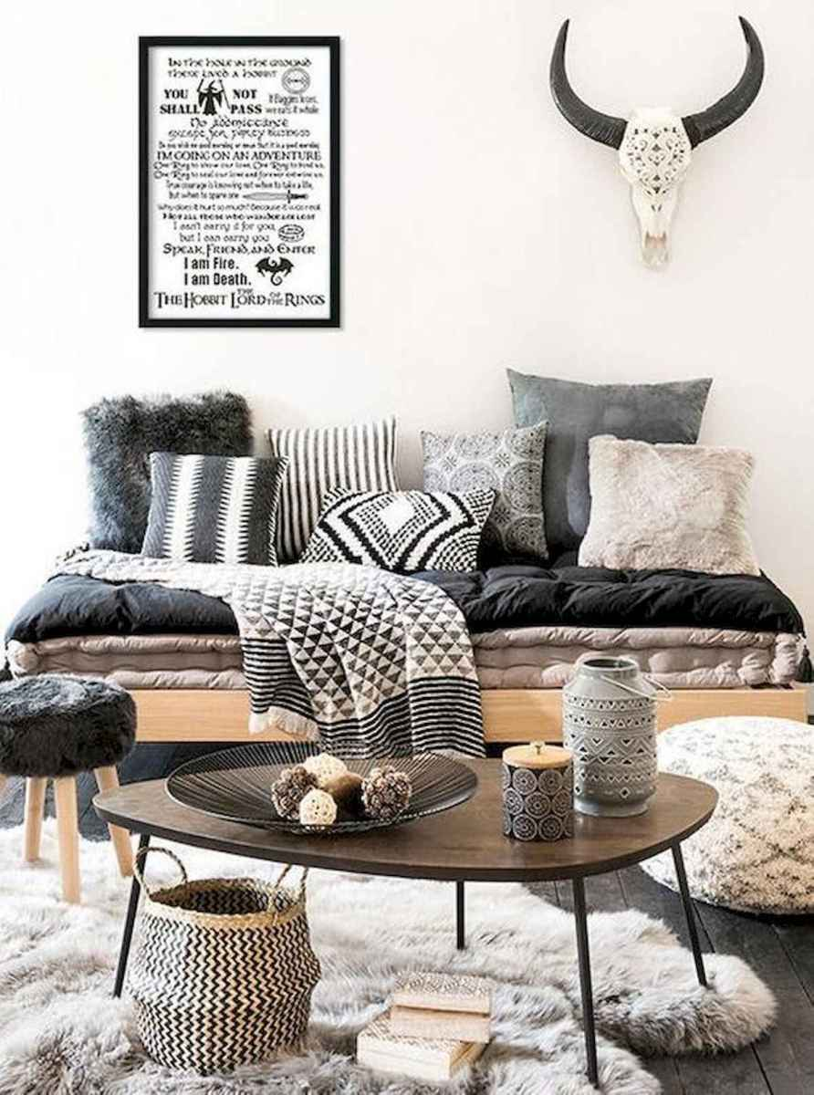 70 Stunning Grey White Black Living Room Decor Ideas And Remodel (44)