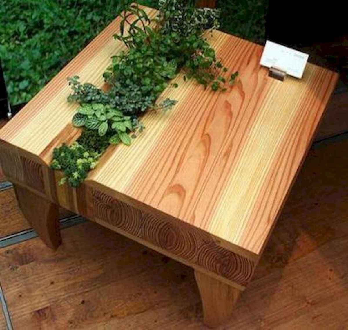 70 Suprising DIY Projects Mini Pallet Coffee Table Design Ideas (19)
