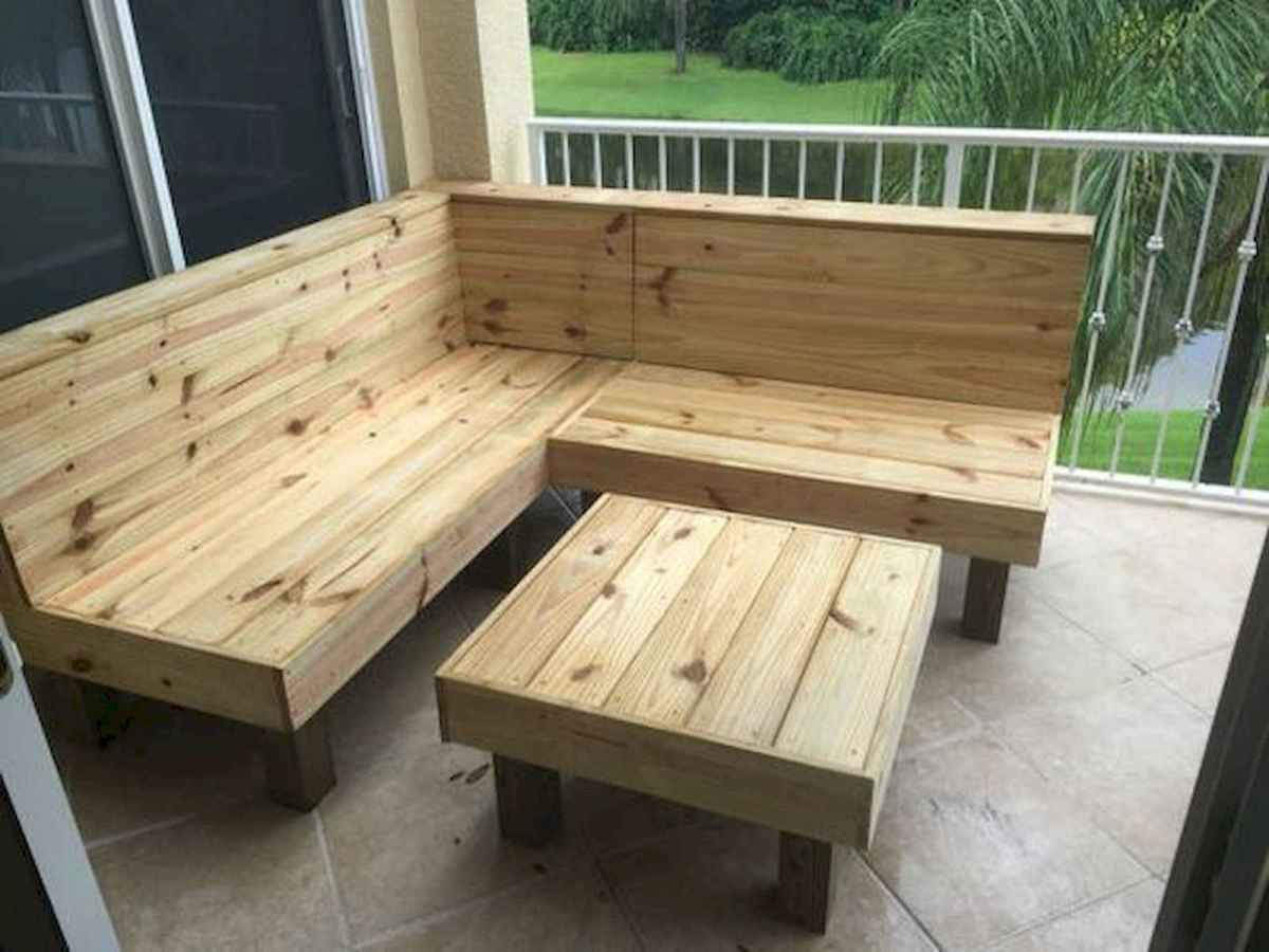 70 Suprising DIY Projects Mini Pallet Coffee Table Design Ideas (43)
