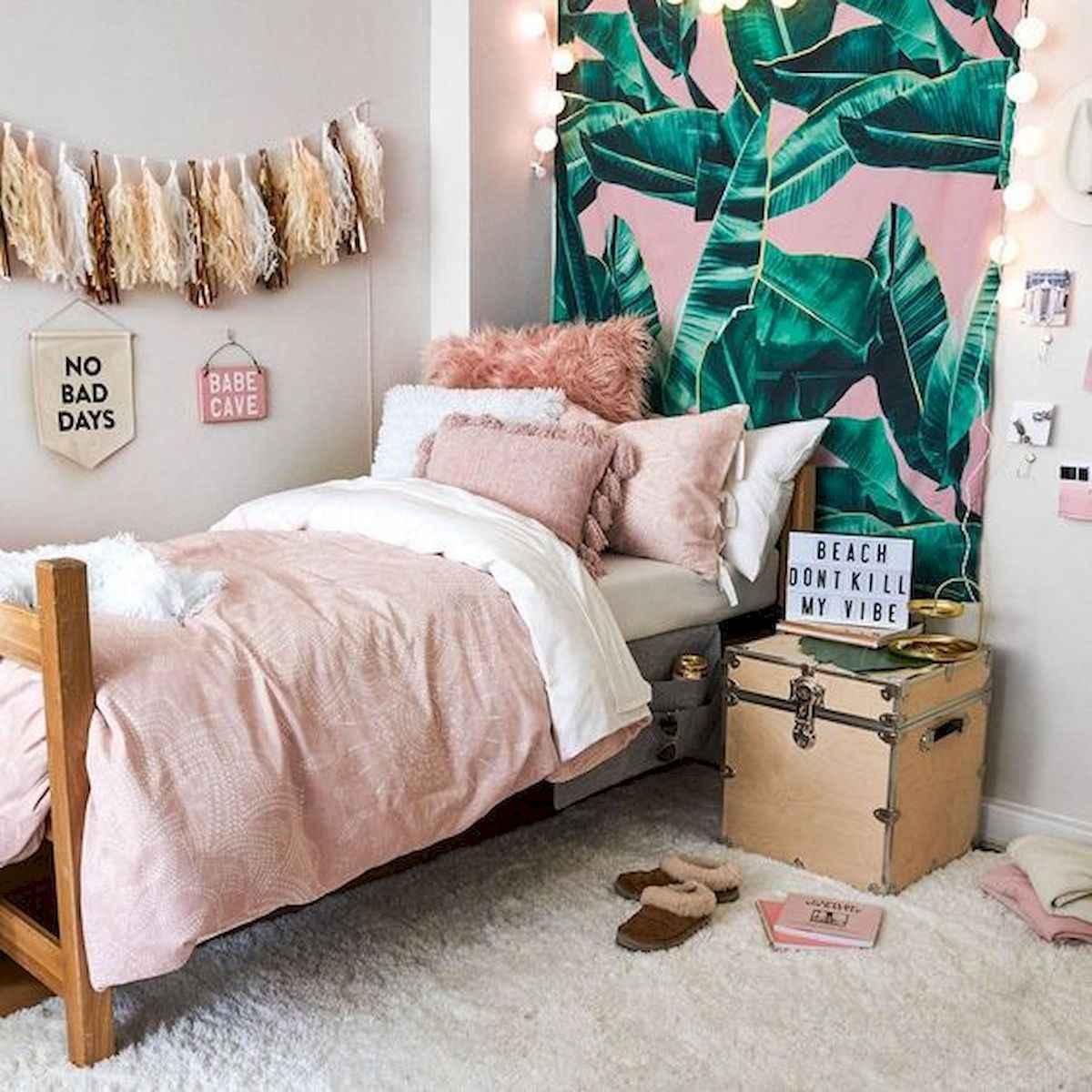 80 Fantastic Small Apartment Bedroom College Design Ideas and Decor (48)