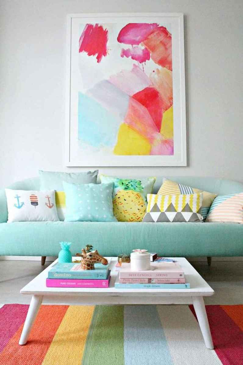 80+ Stunning Colorful Living Room Decor Ideas And Remodel for Summer Project (25)