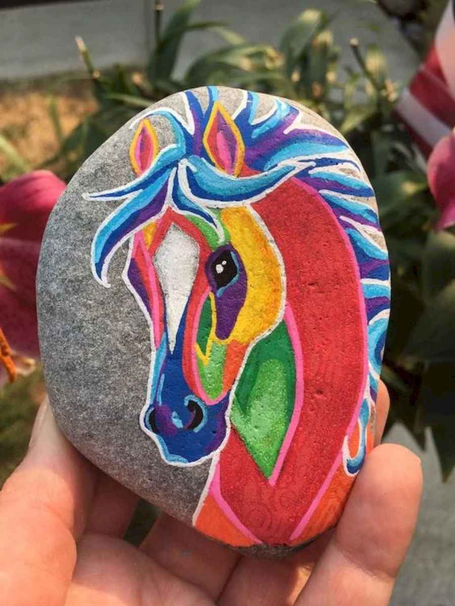 25 Suprising DIY Projects Painted Rocks Animals Horse for Summer Ideas (10)