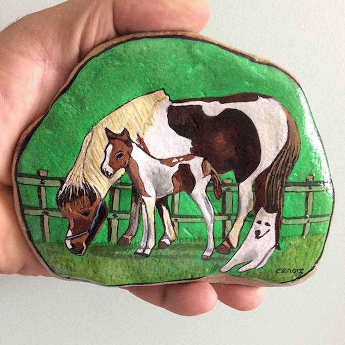 25 Suprising DIY Projects Painted Rocks Animals Horse for Summer Ideas (22)