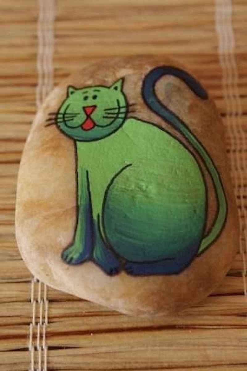 50 Inspiring DIY Painted Rocks Animals Cats for Summer Ideas (18)