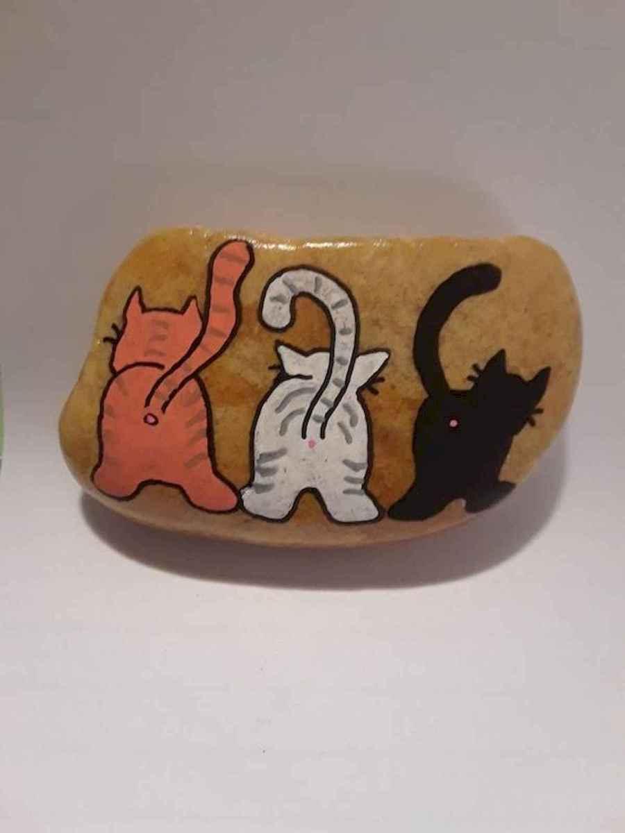 50 Inspiring DIY Painted Rocks Animals Cats for Summer Ideas (8)