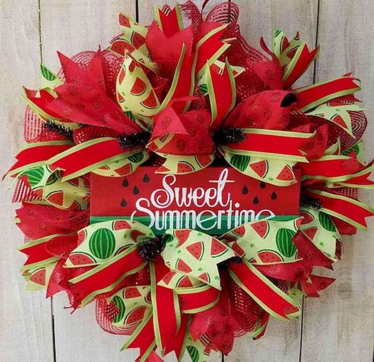 60 Beautiful Front Door Summer Wreath Decor Ideas (18)