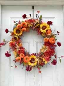 60 Beautiful Front Door Summer Wreath Decor Ideas (7)