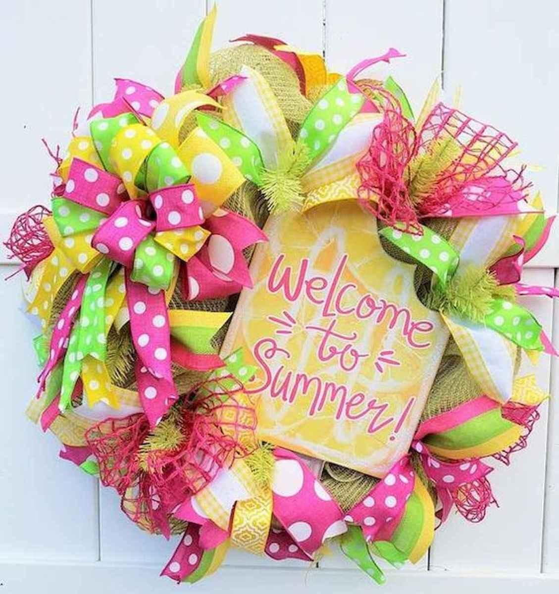 60 Beautiful Front Door Summer Wreath Decor Ideas (8)