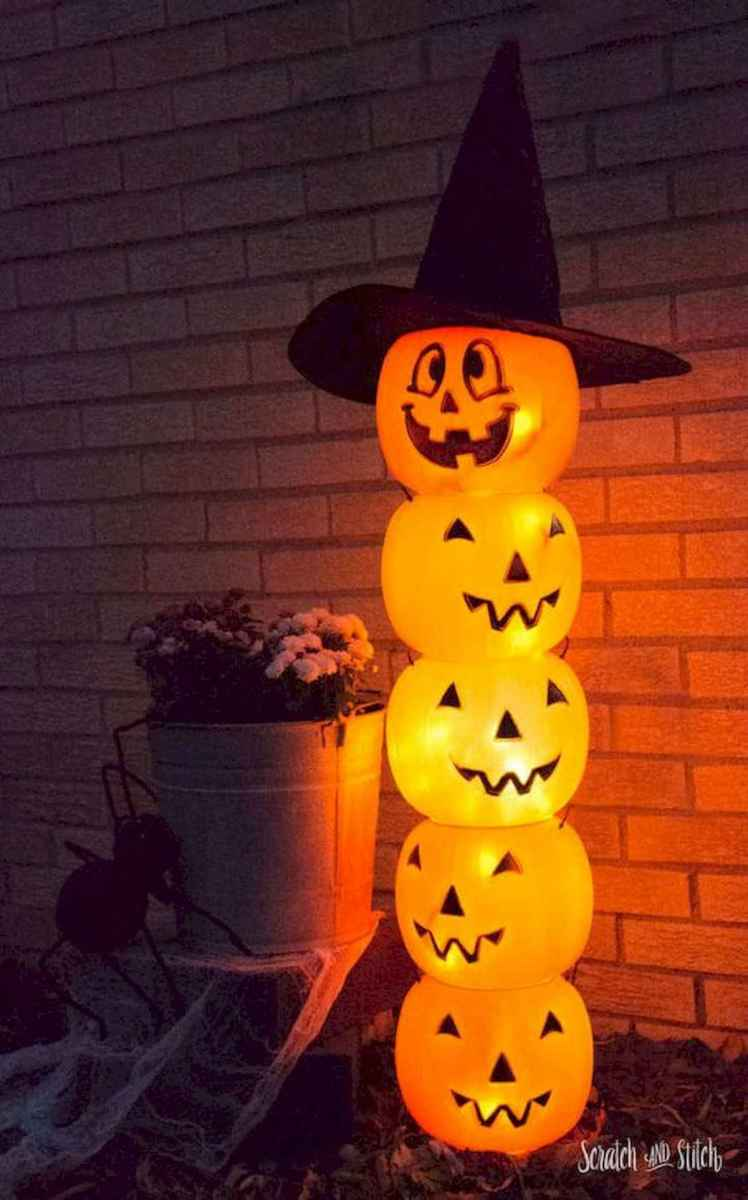 90 Awesome DIY Halloween Decorations Ideas (48)