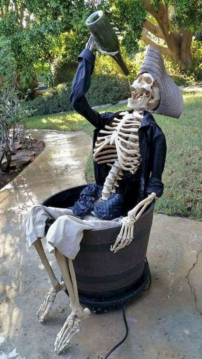 90 Fantastic Halloween Party Decor Ideas (54)