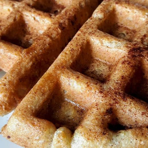 low carb traditional belgian waffle recipe |Traditional waffles | low carb waffle | almond flour waffle | gluten free waffle recipe