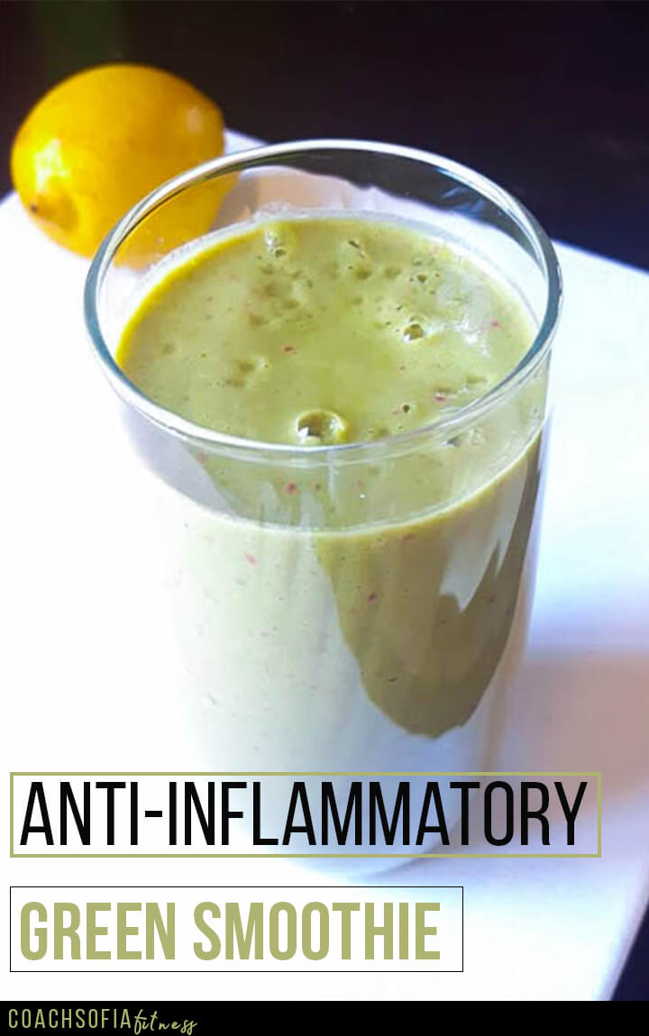 Anti-inflammatory green smoothie that will help you ease joint pain without the excess sugar.