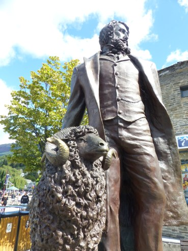 Queenstown founder with his pet sheep