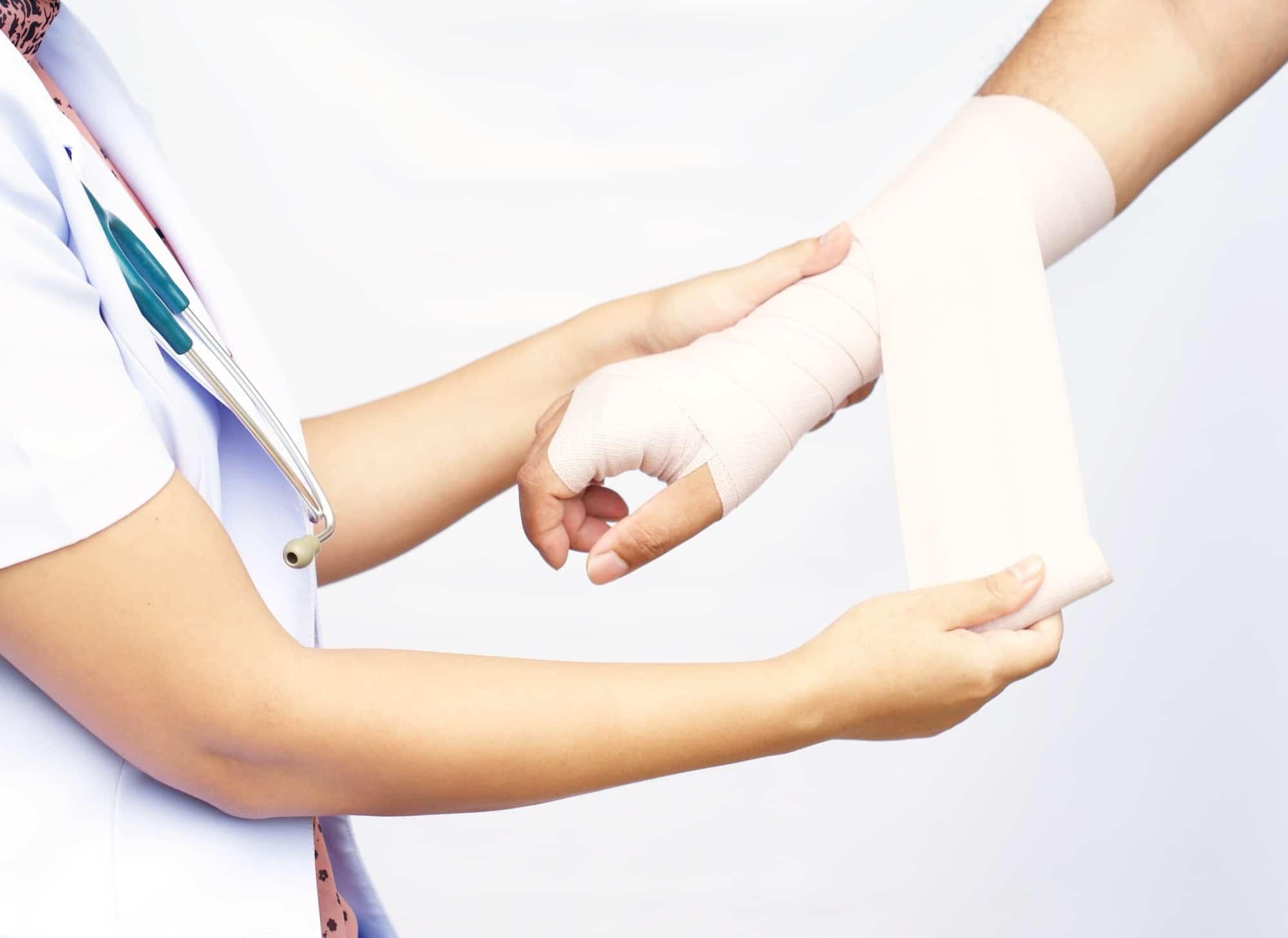 Doctor imposes bandage