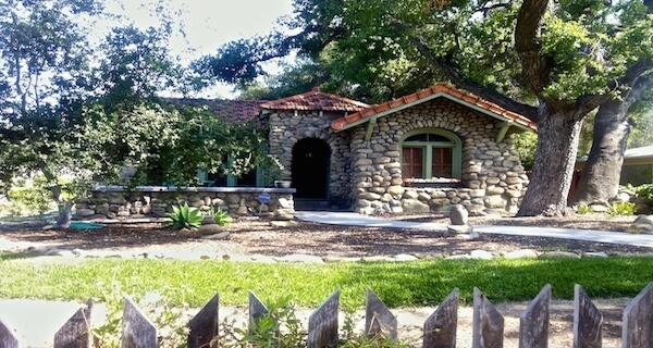 Santa Paula Stone House Small