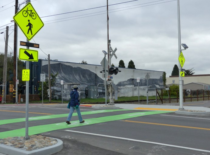 Bike and Pedestrian Crossing with flashing light