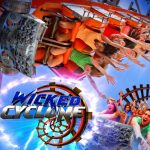 Wicked Cyclone - Six Flags New England - 2015 Roller Coaster