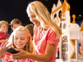 Four Top Tips To Keep Your Devices Charged In The Parks