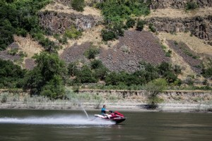 A sample of the water sports to enjoy on the Snake River. Dawn Page / CoastsideSlacking