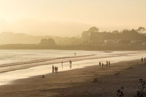 Beachgoers at Surfer's Beach near Half Moon Bay. Dawn Page / CoastsideSlacking