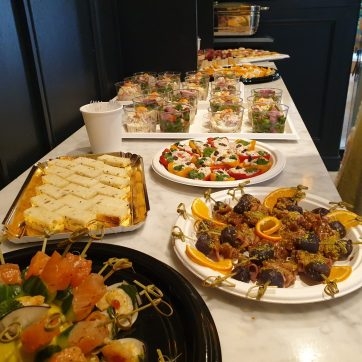 Buffet de midi. Merci Touria !