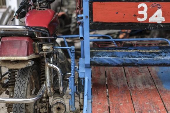cobalt_state_laos_4000_motorbike