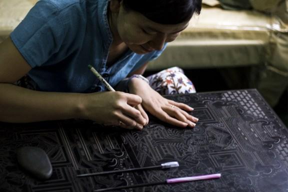 cobalt_state_myanmar_bagan_craft_village_girl