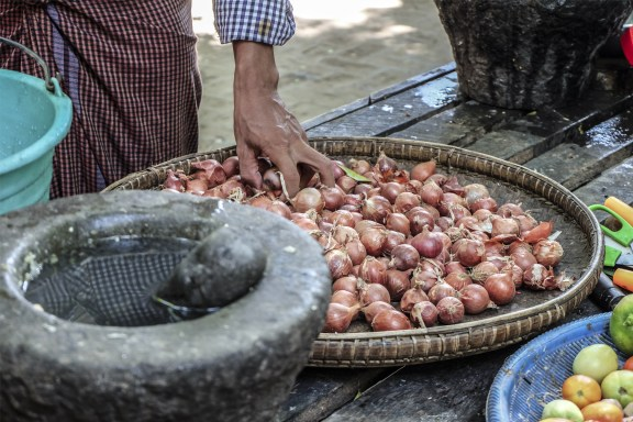 cobalt_state_myanmar_mandalay_01_vegetables